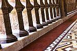 Detalhe de varanda do Castelo Mourisco
