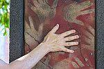 Jardim dos Códigos: Caverna das mãos.
