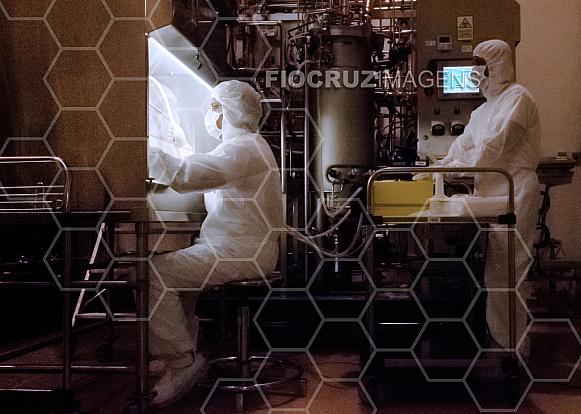 Inoculação de suspensão bacteriana no fermentador
